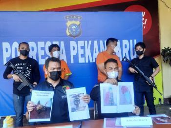 Eks Anggota DPRD Pekanbaru Beli Kepala Anjing & Bensin  Untuk Teror Rumah Jaksa