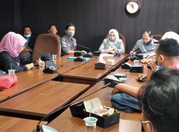 Kontrak THL di DLHK Pekanbaru Diputus Via WA, Komisi I Gelar RDP