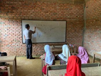 Mahasiswa apresiasi Kapolda Riau peduli sekolah terpencil