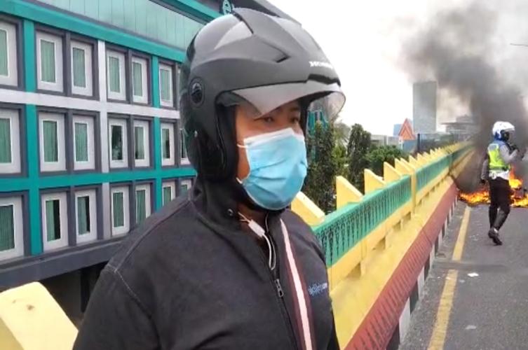Motor Terbakar, Erik Terlambat Jemput Istri