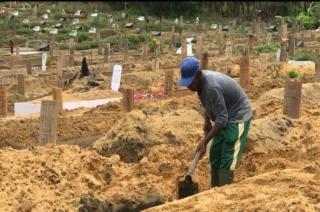Insentif Lima Penggali Makam Belum Dilunasi Pemko