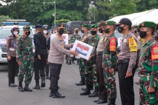 503 Paket Bansos Dilepas Kapolda dan Danrem