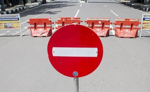Warga: Jalan Alternatif Macet Akibat Penyekatan dalam Kota
