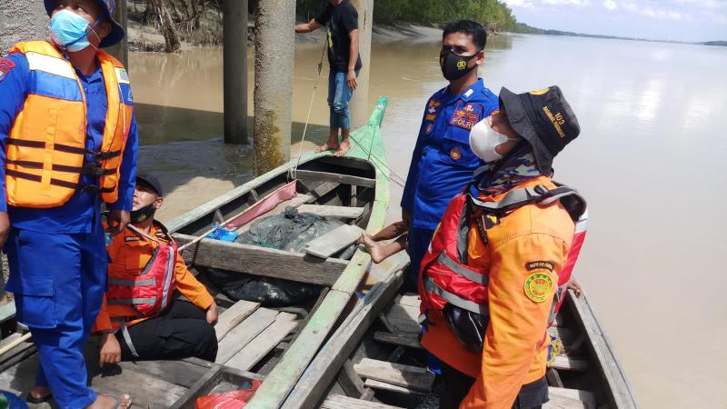 Pencari Udang Hilang Diseret Buaya Di Sungai Rokan