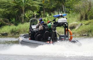 Kawasan Sungai Siak Pekanbaru Geger! Kapal Tactical Polisi sasar Nelayan, Ada Apa?
