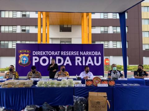 Gulung 7 Pelaku, Polda Riau Amankan 87 Kg Sabu