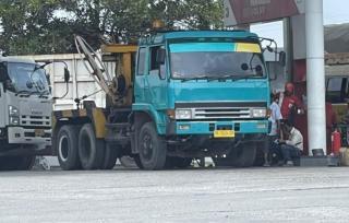 Polda Riau Tangkap Truk Saat Melansir BBM Subsidi Untuk Industri