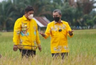 Bupati Kuansing Diincar KPK 5 Hari Pasca Ngobrol dengan Gubernur, Petir: Periksa Kadisbun Riau!
