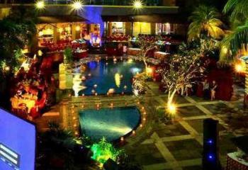 Kenapa ngerayain ultah di hotel ibis pekanbaru pasti for Dekor kamar hotel buat ulang tahun
