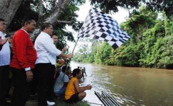 Galeri Foto Bupati Inhu Membuka Festival Budaya Batang Gansal