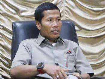 KPK Periksa Ketua DPRD Riau Indra Gunawan Eet CS